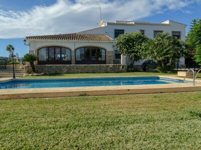 Ref:CH-1288-BB Villa For Sale in Javea